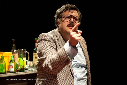 Rob Crouch as Oliver Reed