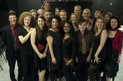 Actors-Rechoired - preparing for a concert